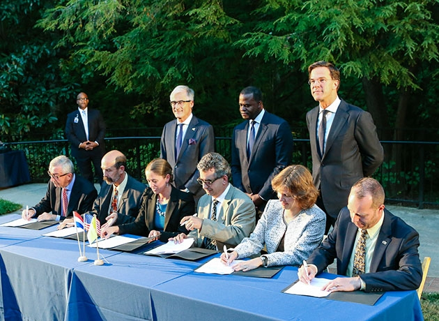 World, local, and ISyE Leaders Signing MOU